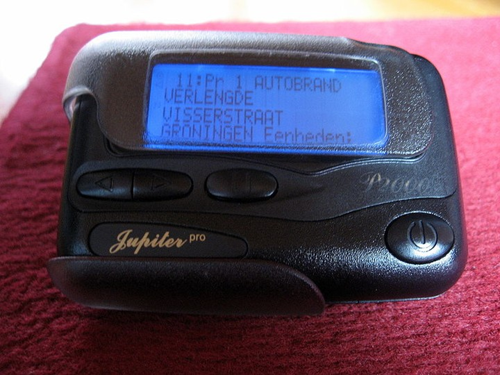 800px-P2000_Pager